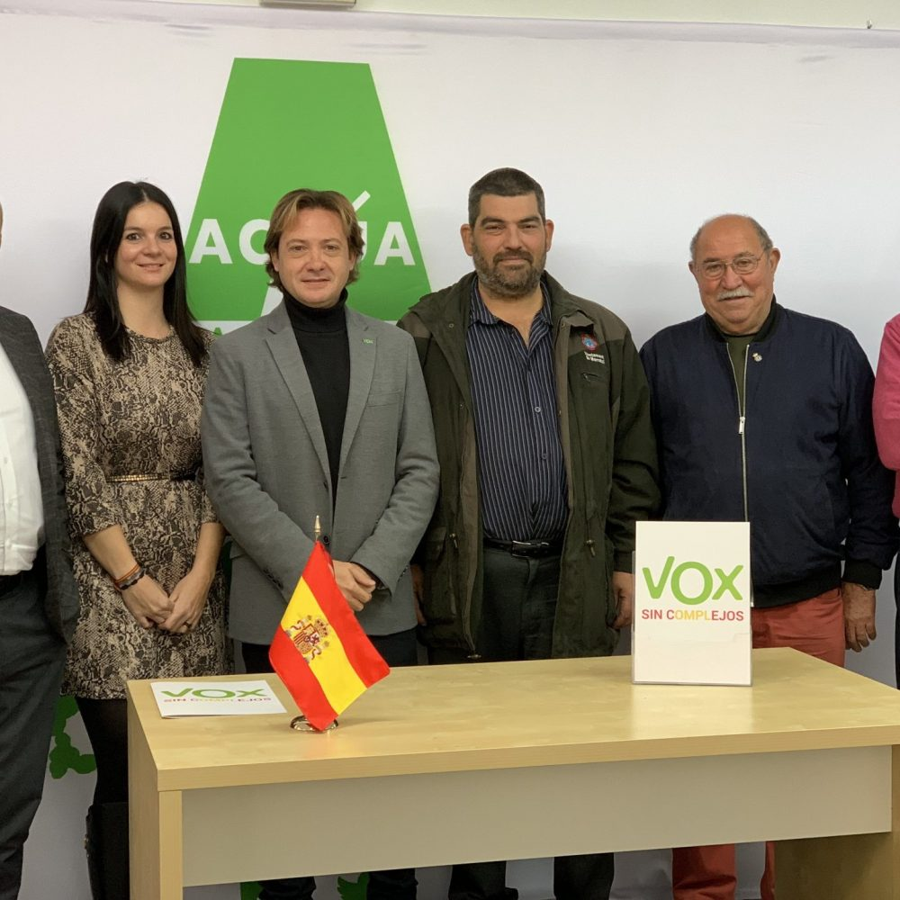 VOX se compromete a impulsar una licencia única de caza en todo el territorio nacional